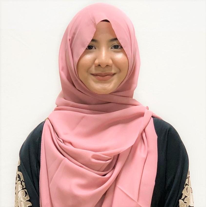 Lina Sabrina Ahmad